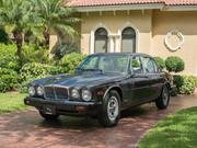 Jaguar Xj6 Jaguar: XJ6 Series III Sedan